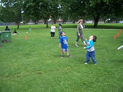100_0576 (AnaV) Tags: picnic moms single ymca