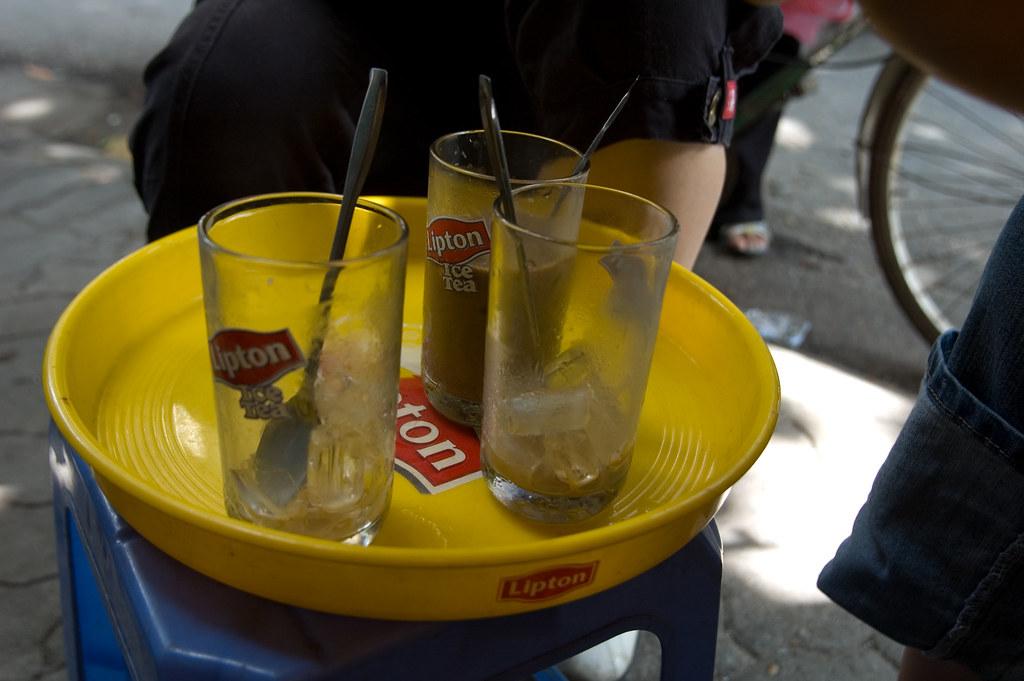 Street Cà phê sữa đá