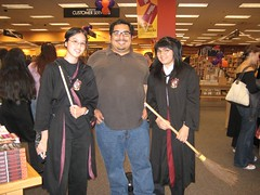 James and two Harry Potter superfans. (07/20/2007)