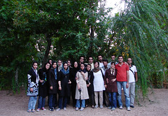 WE / Tiran Garden (Hamed Saber) Tags: geotagged persian iran persia saber gathering iranian  groupshot hamed isfahan flickrmeetup farsi            upcoming:event=235013