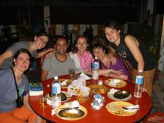 cena familiar en el vivek