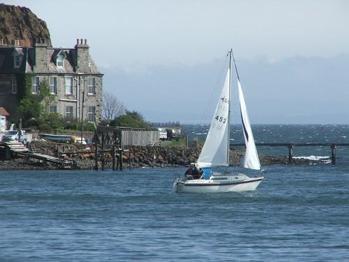 water boats sails aberdour