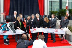 Brocade_Ribbon_Cutting02_thumb