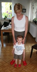 Moritz und Mama mit Crocs