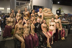 Leias and Jabba at comic con 2007