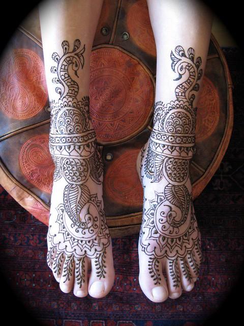رسومات حنة جديدة لعروسة سيدات مصر - نقوش حناء 2012 - رسم حنة 2012 1078745519_b852e6c21