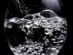 Water (kenzodiazepine) Tags: water glass ricoh ricohgrdigital grd