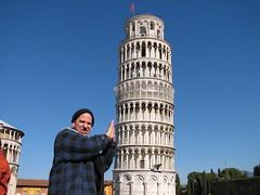 Hazboy trying to fix the Tower (Hazboy) Tags: italien italy tower europa europe italia torre pisa tuscany turm leaningtower italië campodeimiracoli tuscana איטליה olaszország इटली hazboy hazboy1