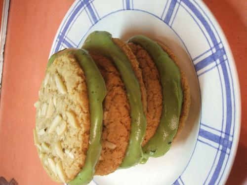 favouritealmondcookies2