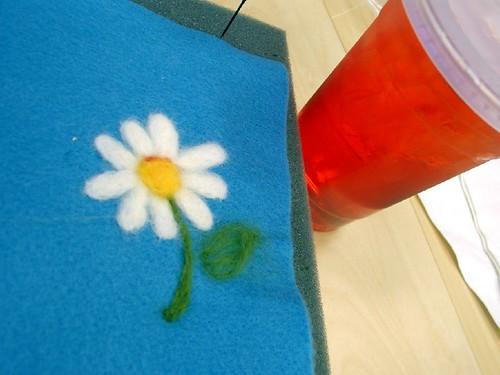 Anna's daisy felt picture