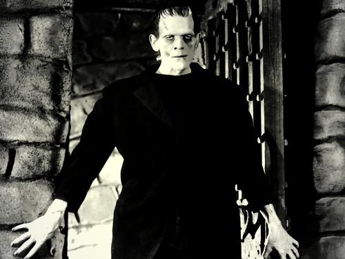 S4w-Monsters010-Frankenstein