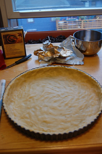 a photo of prebaked crust