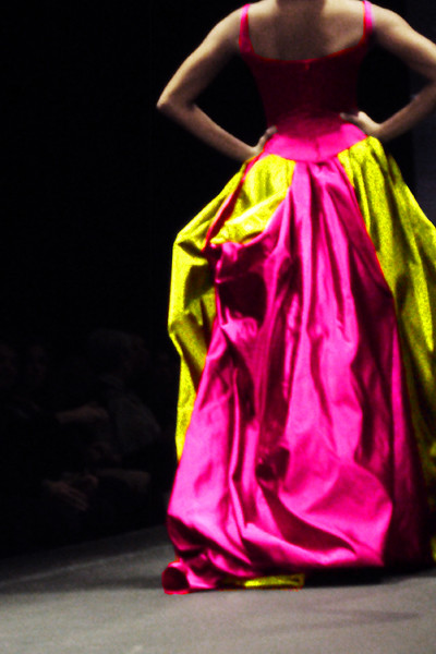 fashionarchitect.net_Miltos_AXDW_october_2010_fluo_dress_1