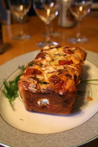 スモークサーモンとクリームチーズのケーク・サレ