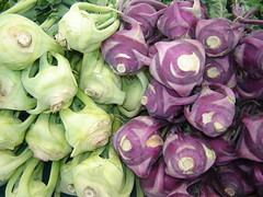 Kolrhobi. Des Moines Farmer's Market. July 7, 2007 (purplewon2000) Tags: unicef copyright usa vegetables washington farmersmarket unitedstatesofamerica fresh wa allrightsreserved desmoines freshvegetables experiencewa desmoinesfarmersmarket 070707 purplewon2000 kohlorobi