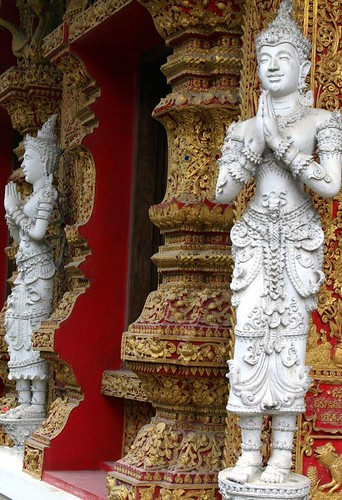 Wat Bupparam (Bupharam) doorframe