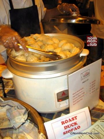 Roast DucK Siopao