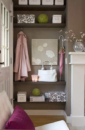 foyer girly-canadianhouseandhome.jpg