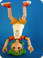 u is for upside down (lamont_cranston) Tags: toy toys actionfigure picnik kaiyodo yotsuba revoltech kiyohikoazuma enokitomohide yotubasutazio toytuesdaythursday2010