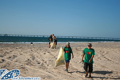 IMG_4956 (Streamer -  ) Tags: ocean sea people green beach nature ecology up israel movement garbage group cleanup clean bags friday  nonprofit streamer initiative enviornment    ashkelon         ashqelon   volonteers       zikim