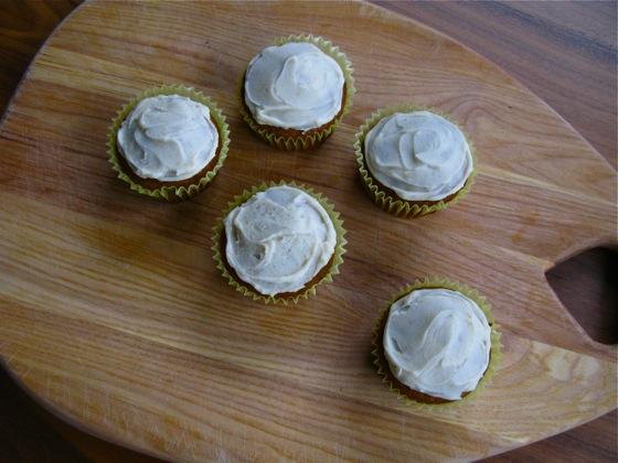 pumpkin cupcakes 001