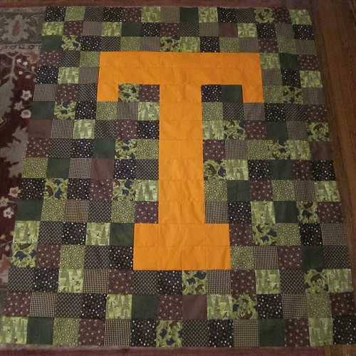 """""""T"""" quilt top done!"""