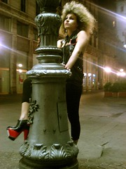 DES-RES-DEA - DE DEMONA- DES (SalentuCore) Tags: city italy woman milan cute girl female donna model shoes italia milano curly ricci rosso scarpe ragazza hitec cairoli bionda riccia supershot zeppa corsodante