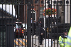 Img0054405 (veryamateurish) Tags: tonyblair primeminister downingstreet gordonbrown 27june2007