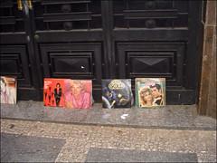 Uma tarde com Jack Bauer 10 (MaGioZal) Tags: brazil records brasil sopaulo citroen vinyl grease sampa lp record centrovelho comercial gravao 33rpm longplay rodstewart centro 07072007 umatardecomjackbauer discogold