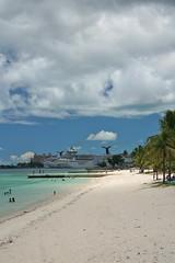 Come Visit (Ben Jamieson Photography) Tags: cruise tourism ship atlantis monstrosity bahamas nassau excess thebahamas newprovidence
