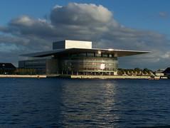 Opera House: Copenhagen, Denmark (barberdavidm) Tags: copenhagen denmark operahouse danmark modernarchitecture københavn marblechurch operaen henninglarsen nationaloperahouse mærskmckinneymøller amalienborgcastle amailenborg