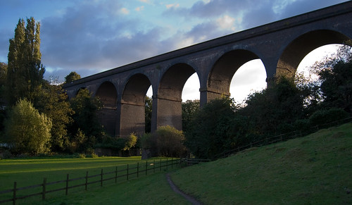 Arches by Nickster 2000, used under a Creative Commons license. Click pic for link.
