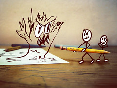 Malas ideas (EduardoEquis) Tags: pen pencil paper live lapiz drawings vida scribbles papel ideas dibujos cartoons garabatos