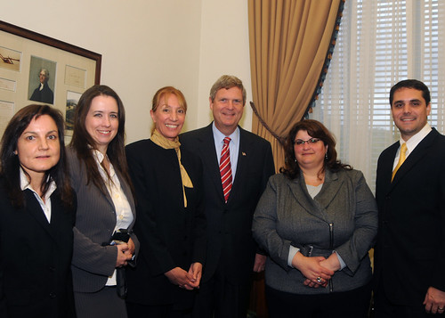 Secretary Tom Vilsack  with USDA Rural Development employees who administered Recovery Act expenditures: (Left to Right) Nancy House, Genevieve Sandoval, Cheryl Gamboney, Secretary Vilsack, Assistant Administrator Jacqueline Ponti-Lazaruk, and Greg Caramanica.