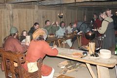 Abendessen von Opinn Skjold im Versammlungshaus von Haithabu Wikinger Museum WHH 25-09-2010