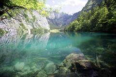 Llyn Obersee - by traed mawr