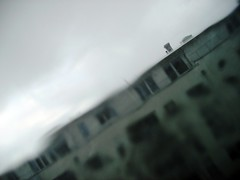 rainy_2.JPG (mascha_?) Tags: house rain distorted no blurred filter