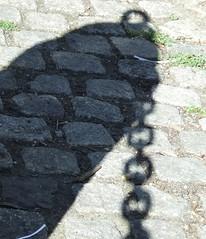Chain (Skyggefotografen) Tags: shadows skygger