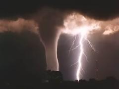 ברק סופה