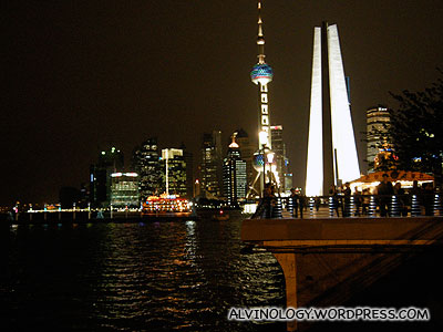 Even the Oriental Pearl Tower and the Heroes' Memorial are lighted too