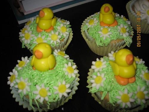 Duckie cupcakes
