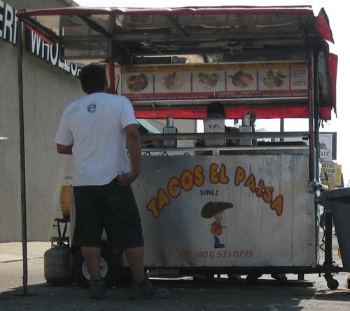 Tacos El Paisa Dining Room.JPG