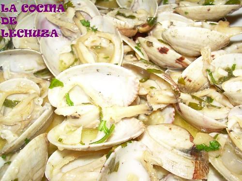 Almejas salsa verde detalle