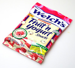 Welch's Raspberry Fruit 'n Yogurt Snacks