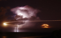 [Free Image] Nature/Landscape, Lightning/Thunderbolt, Night Sky, Storm, 201010241900