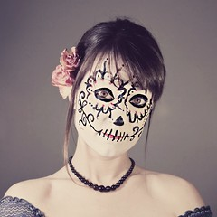 la hermosita (enjoythelittlethings) Tags: roses self canon dayofthedead dead skeleton skull facepainting pretty day makeup diadelosmuertos 365 facepaint ghettolighting totw dayofthedeadmakeup