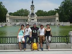 MADRID (Fran y Andres: Europa y Marruecos) Tags: el bernabeu rastro