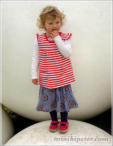 Amelia... MiniHipster.com: kids street fashion (mini hipster .com)