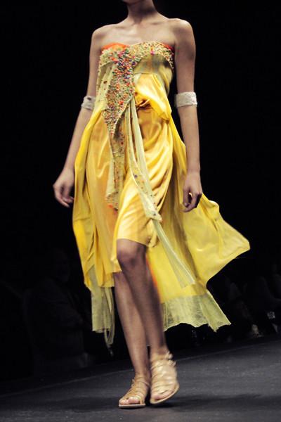 fashionarchitect.net_Ioannis_Guia_SS2011_AXDW_1