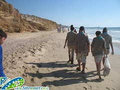 IMG_8656 (Streamer -  ) Tags: ocean sea people green beach nature ecology up israel movement garbage group cleanup clean scouts bags friday  nonprofit streamer initiative enviornment     ashkelon         ashqelon    volonteers
